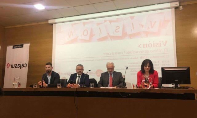 Foro de Empresa Familiar granadina organizado por AJE y CajaSur