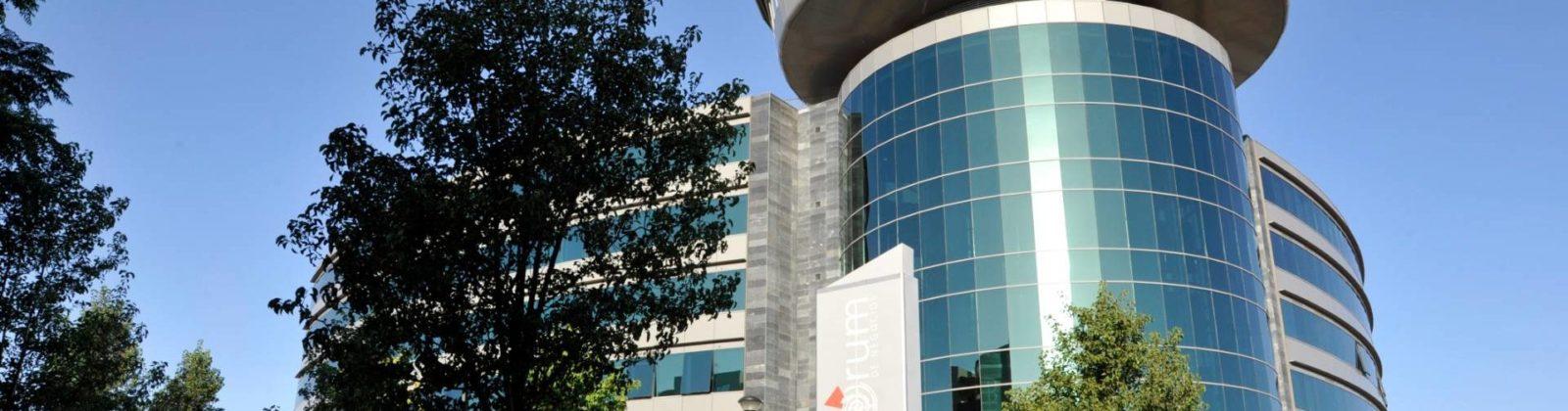 Cropped Agencia Marketing Online En Granada Edificio Forum.jpg